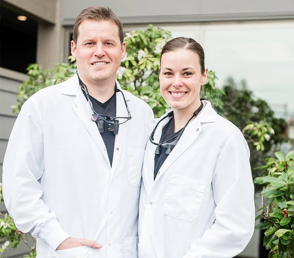 Drs. Ryan and Megan Bond outside of Bond Family Dentistry