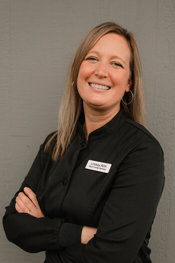 Portrait of Lindsey, one of our dental assistants